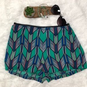Nordstrom Lush Tribal printed shorts